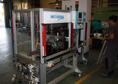 Máquina de ensamblado de componentes